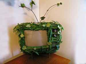 live-tv-sculpture
