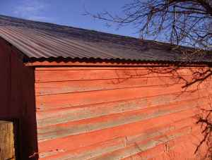 red-barn-old-paint