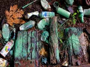 sense-grafitti-debris