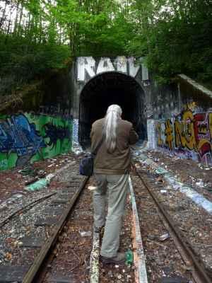 sense-tunnels-jim