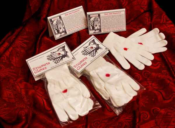 faux-stigmata-gloves-display