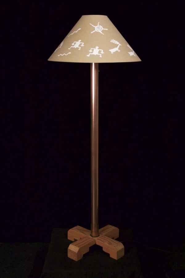 standing-lamp-unlit