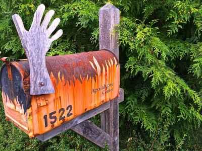 apocalypse-mailbox