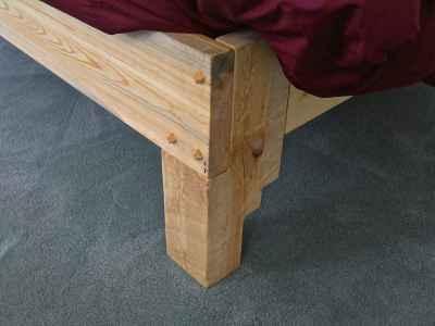 bed-leg-detail-Version-2