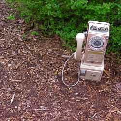 abandoned-phone2