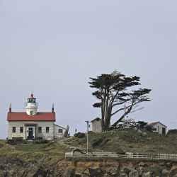 crescent-city-lighthouse