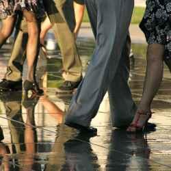 tango-dancers-thumbnail