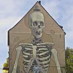 koln-skeleton-mural-thumbnail